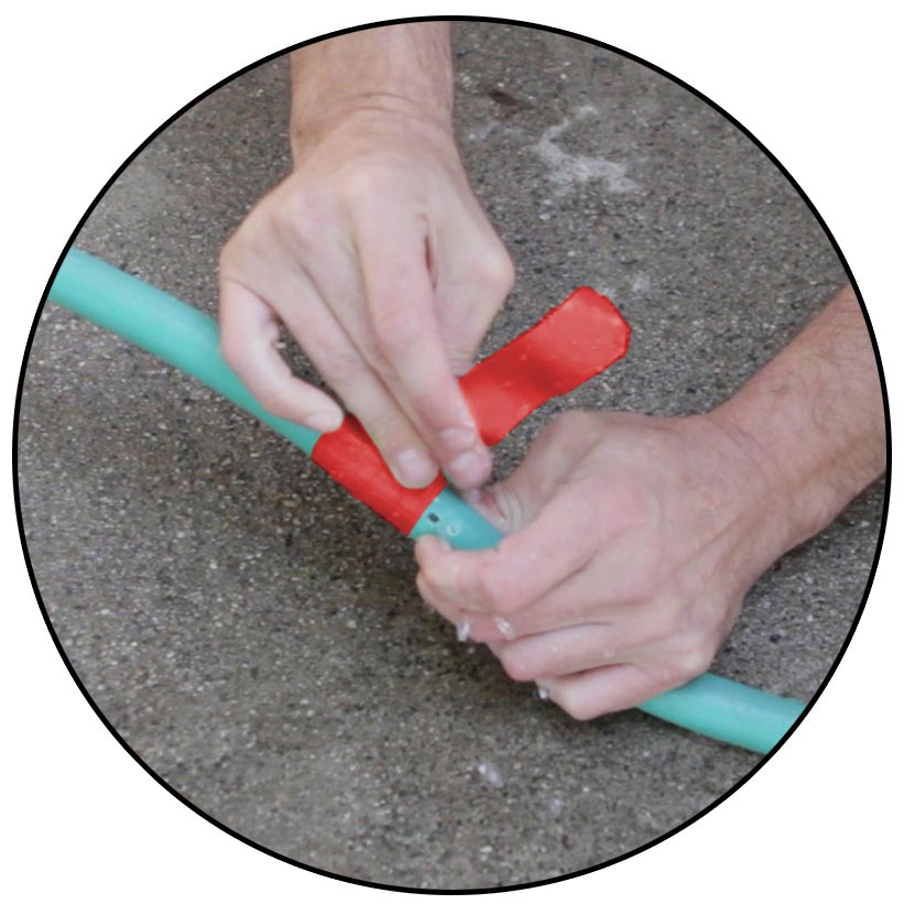 With Fuse It Tape self-fusing silicone tape, patch and mend low-pressure hoses: garden, car engines, etc.